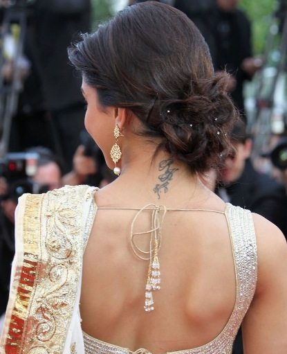Hairstyles For Long Hair On Saree : Hairstyles for Saree- Best, Traditional, Indian Saree Hairstyles - Be ...