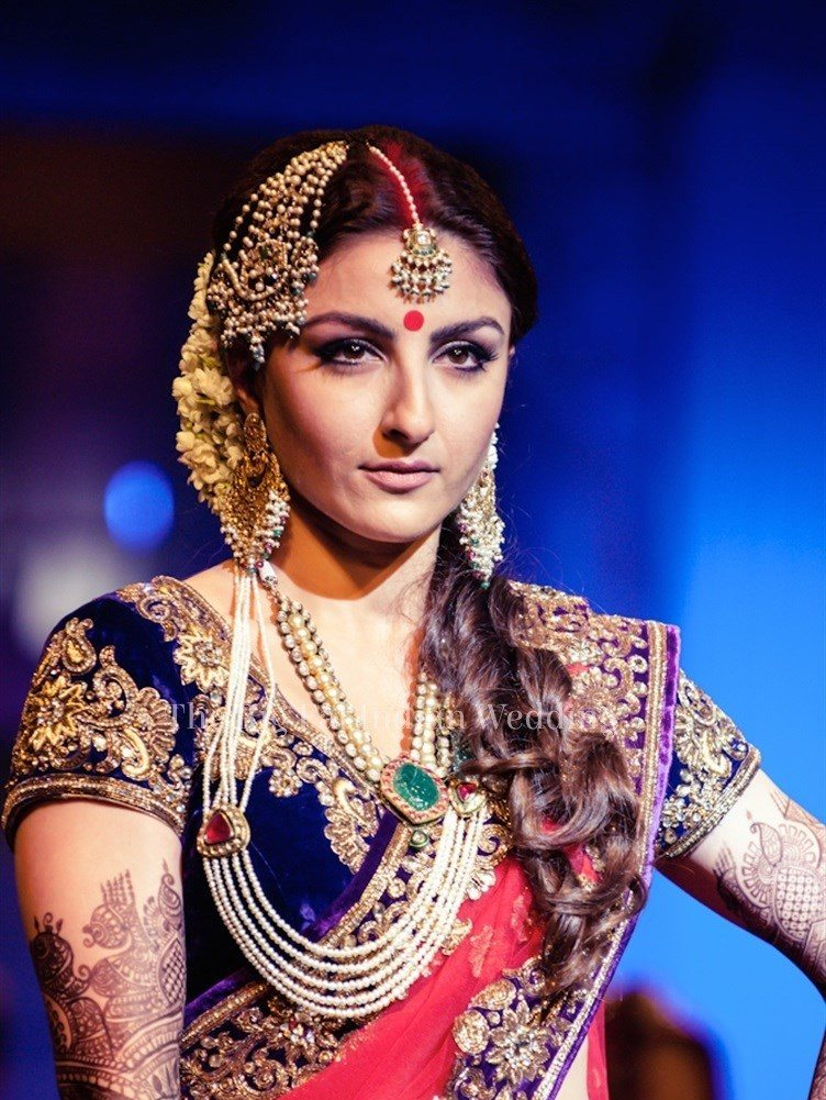 Outstanding Indian Bridal Hairstyles For Wedding Be Healthy Be Beautiful Short Hairstyles Gunalazisus